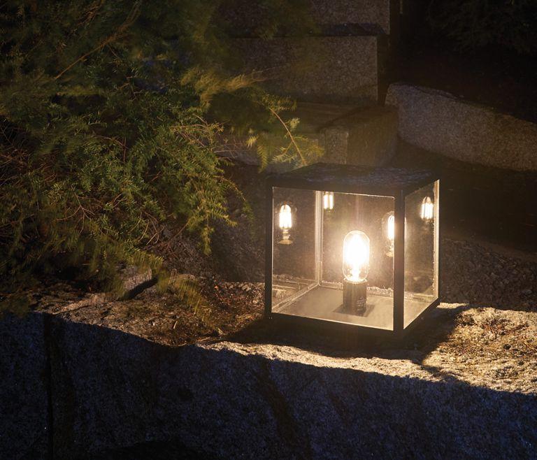 Lofoten Sort Søjlelampe